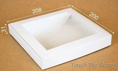 "Коробка ""Премиум""  20.8*20*3 см, белая (окошко)"