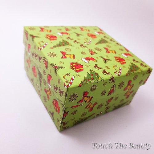 Коробка подарочная зеленая 9*9*5 см