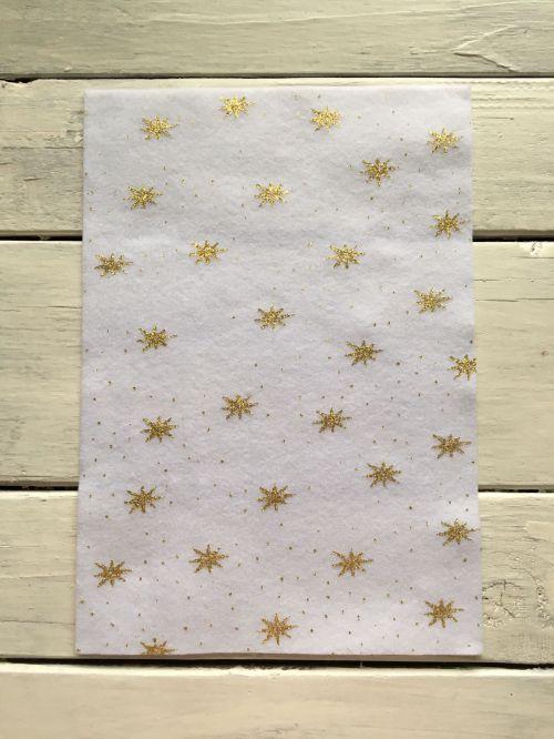 Мягкий фетр с блестками (звезды на белом фоне)