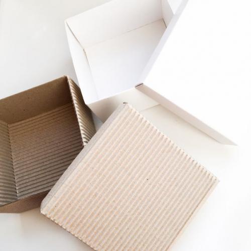 """Коробка """"Премиум""""  9*9*5 см, белая"""