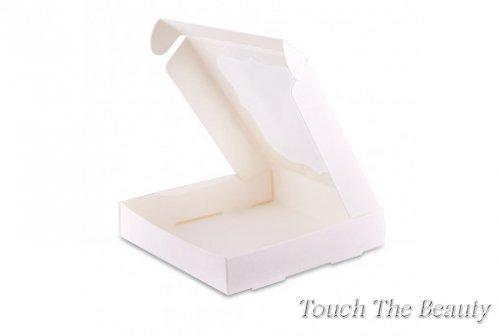 Коробка 15*15*3 см с фигурным окошком, новогодняя
