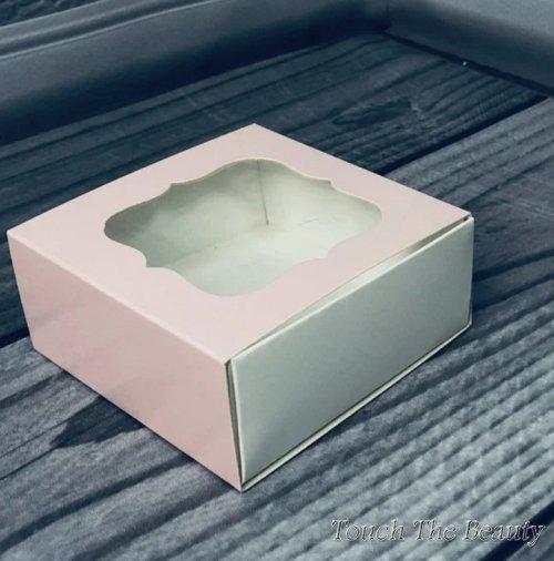 Коробка 8*8*3.5 см с фигурным окошком, розовый (3 детали)