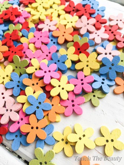 Деревяные пуговицы Цветочек. 15мм (10шт)