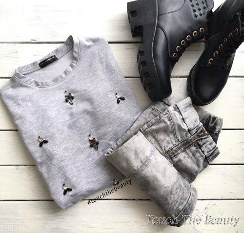 """Свитшот с вышивкой """"Gray"""" (S)"""