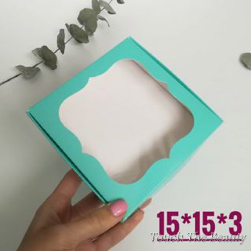 Коробка 15*15*3 см с фигурным окошком, мятный