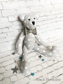 """Медвежонок """"Санди"""" (серый в белый горошек)"""